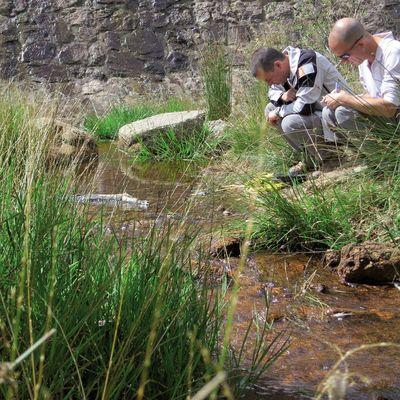 Suivi de la qualité de l'eau. Crédit : Gael Karczewski - PNC