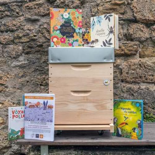Malette pédagogique abeilles © Eléonore Solier PNC