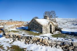 Four traditionnel, hameau du Villaret,bureau de l'antenne massif Causses gorges du PnC, Arnaud BOUISSOU / Terra ministère de l'environnement ©